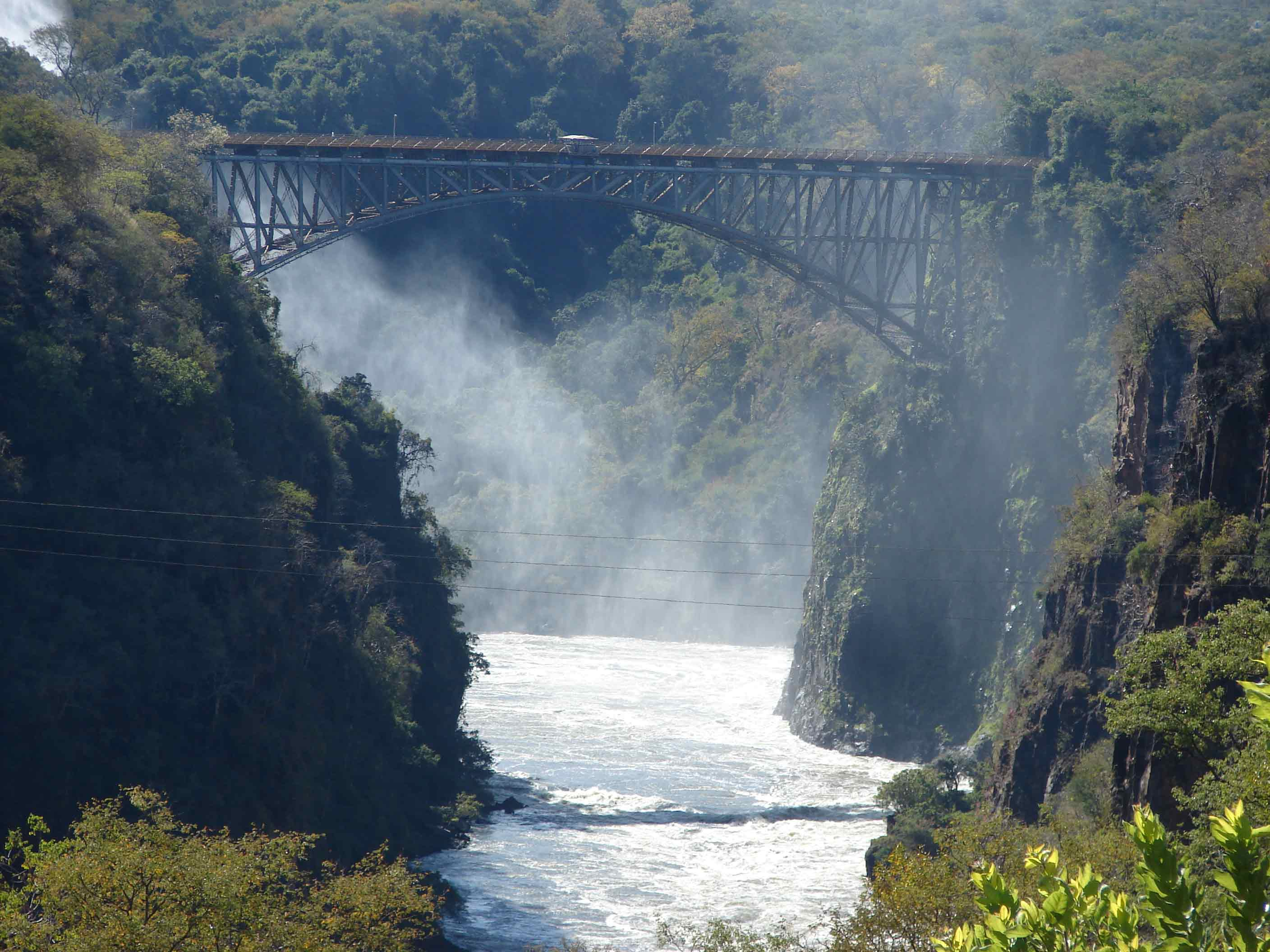photo: Victoria Falls Bridge © Peter Kuthan